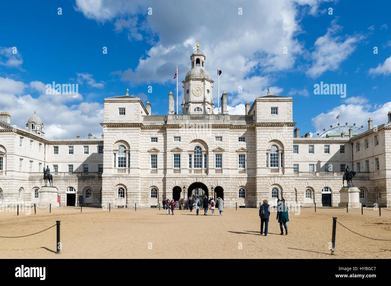 Edificio de guardias a caballo caballo desfile de guardias, Westminster, Londres, Inglaterra, Reino Unido. Imagen De Stock