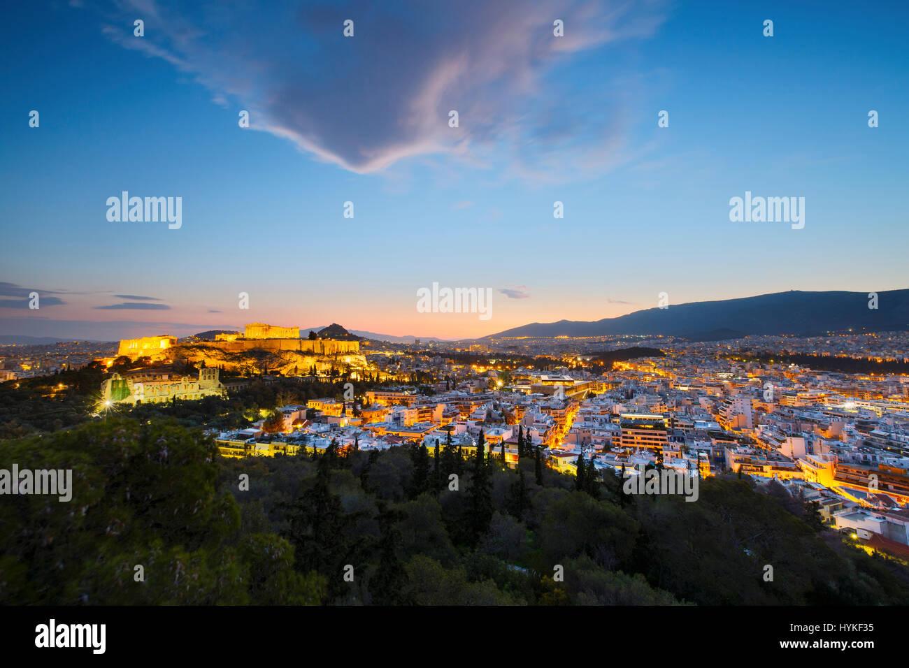 En la ciudad de la Acrópolis de Atenas, Grecia. Foto de stock