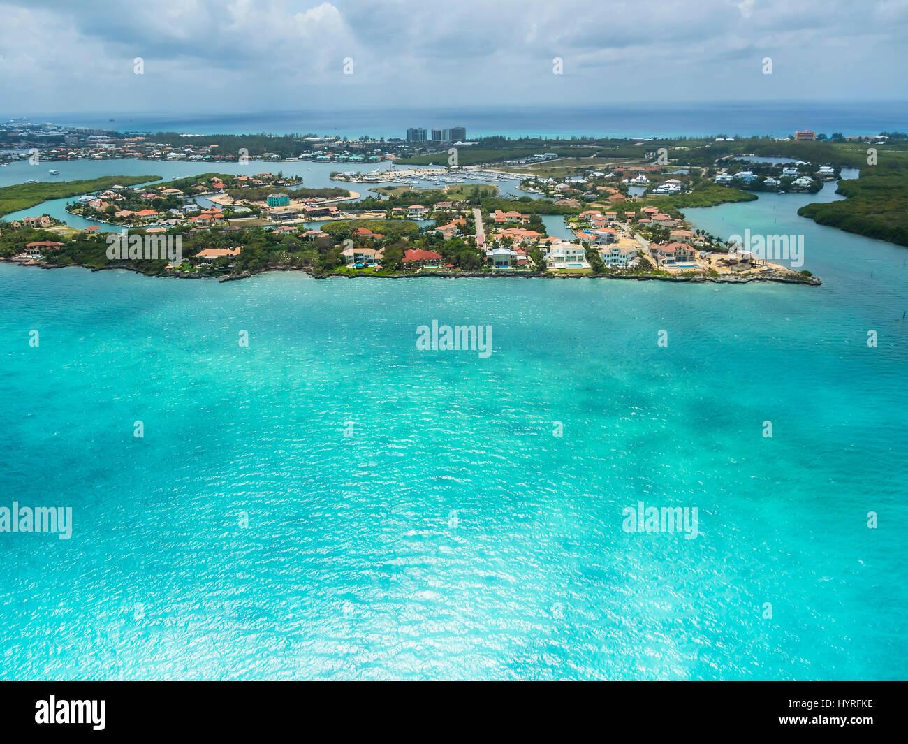 Westbay y Cypress Pointe con campos de golf, zona residencial de lujo, Georgetown, Gran Caimán, el Caribe, las Islas Caimán Foto de stock