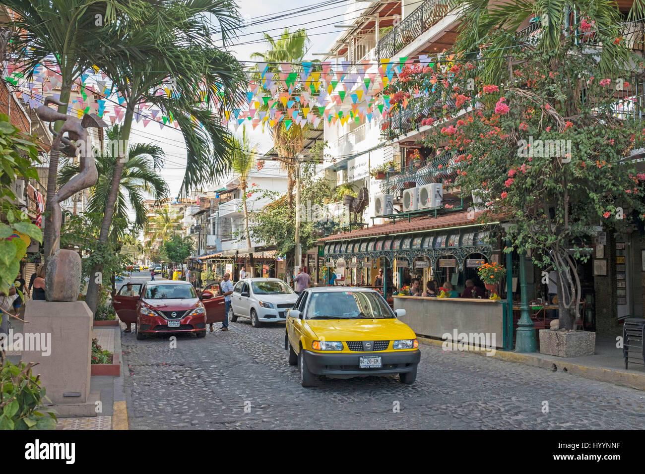 Old Town Road en la Zona Romántica, Puerto Vallarta, México Imagen De Stock
