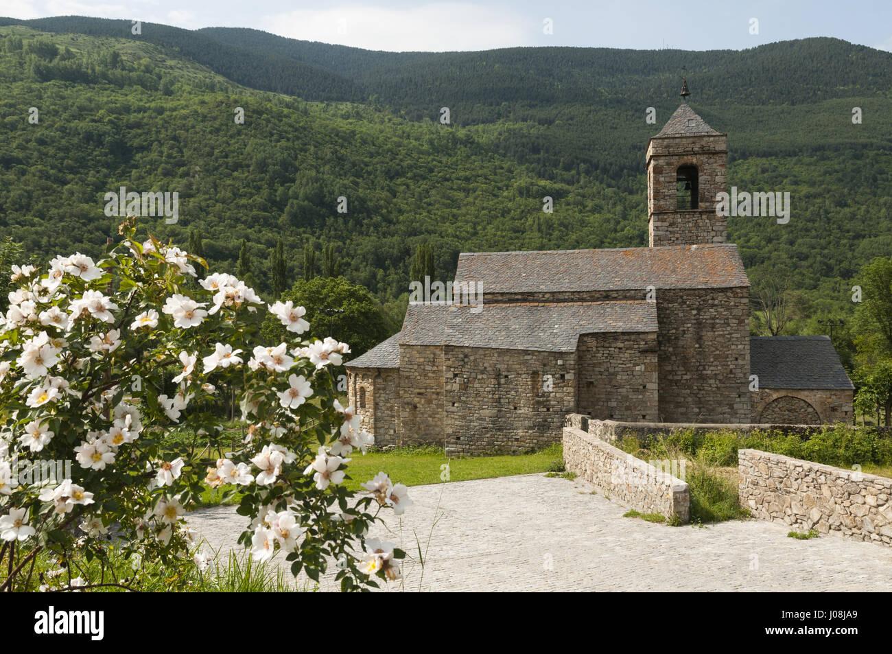 España, Pirineos, Cataluña, Val de Boí, Barruera, Sant Feliu iglesia Imagen De Stock