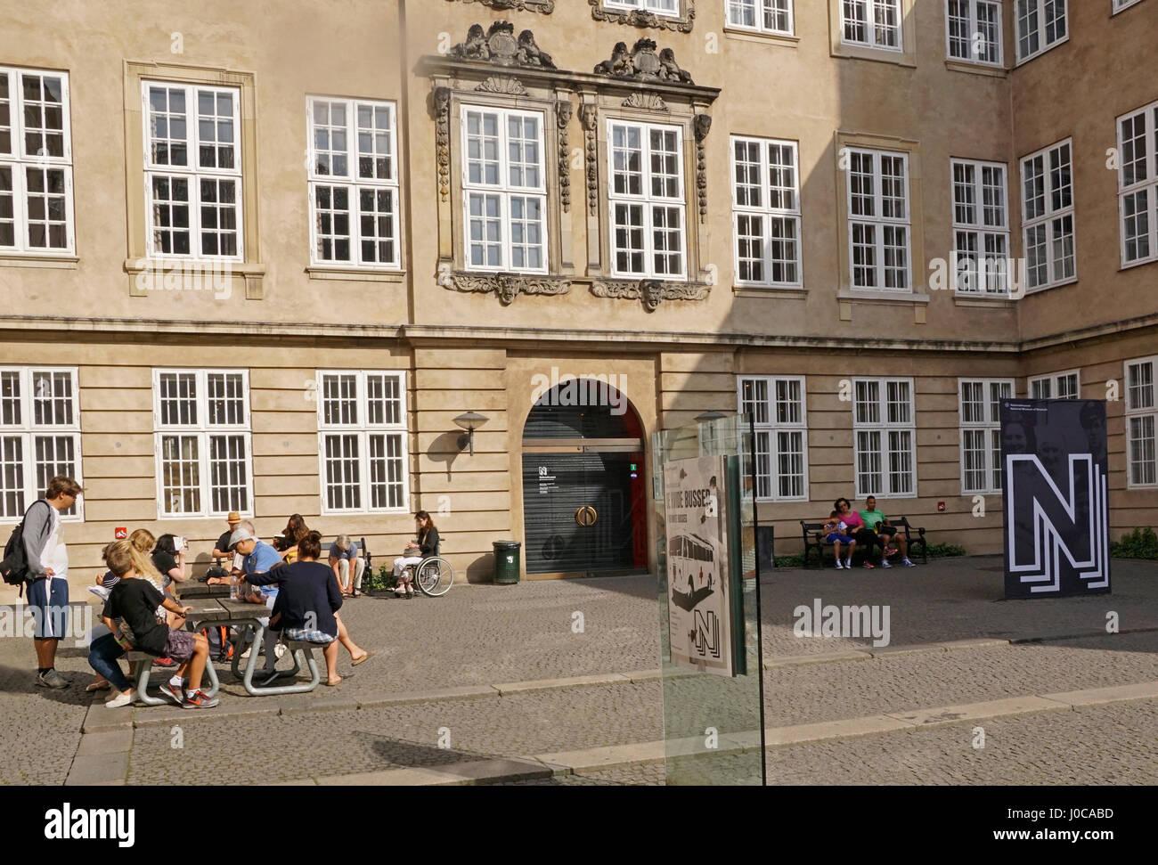 Museo Nacional de Dinamarca, entrada principal patio, en Copenhague. Foto de stock