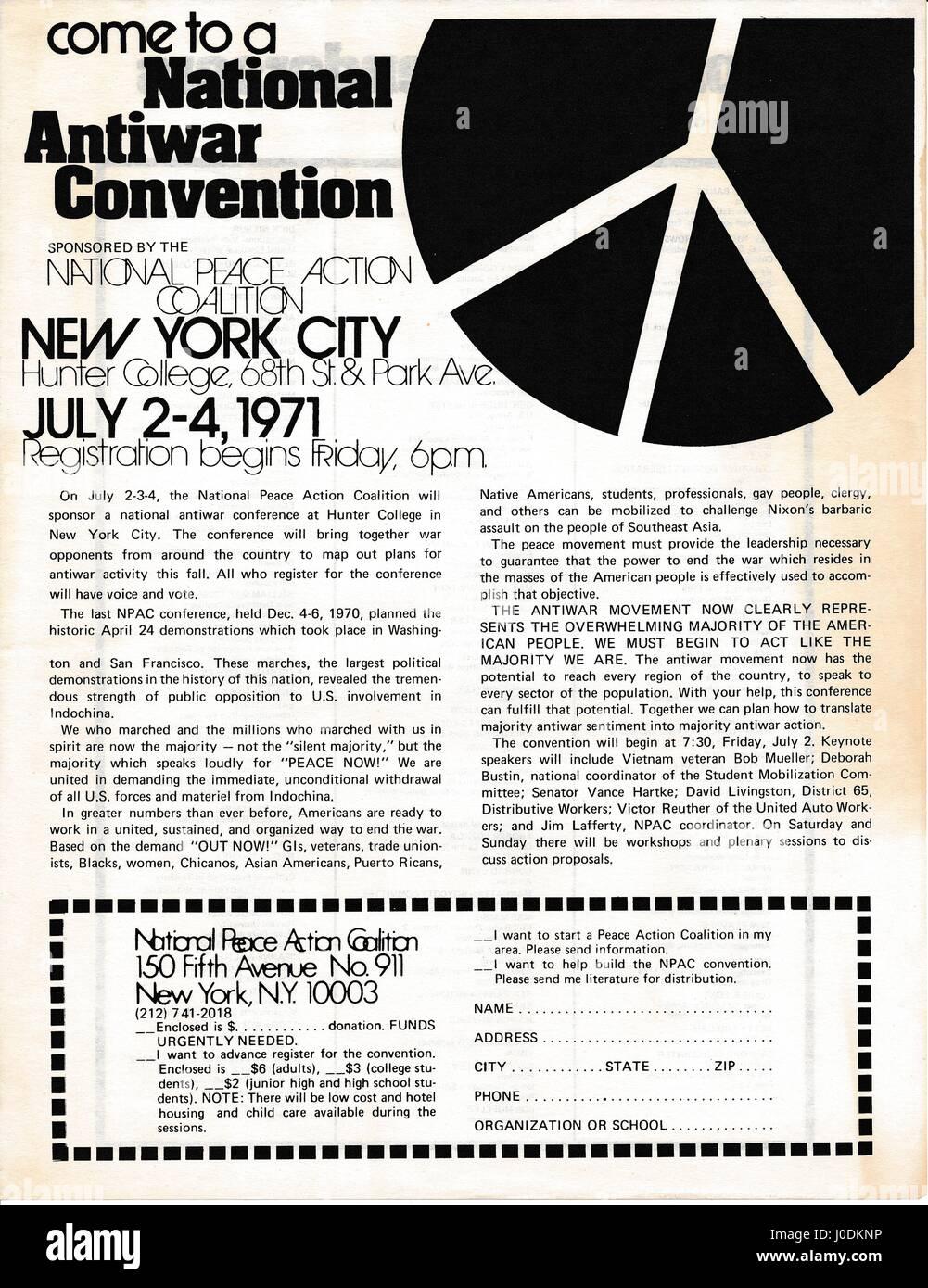 """Un folleto de la época de la guerra de Vietnam de la Coalición Nacional de Paz titulado """"Llegar a Imagen De Stock"""