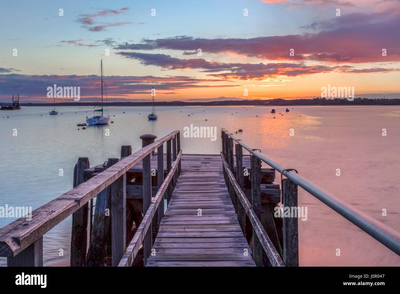 Lago Pier, Hamworthy, Poole, Dorset, Inglaterra, Reino Unido. Foto de stock