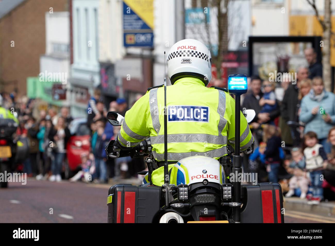 Psni policía policía de tráfico durante un desfile de motos BMW en Irlanda del Norte Imagen De Stock