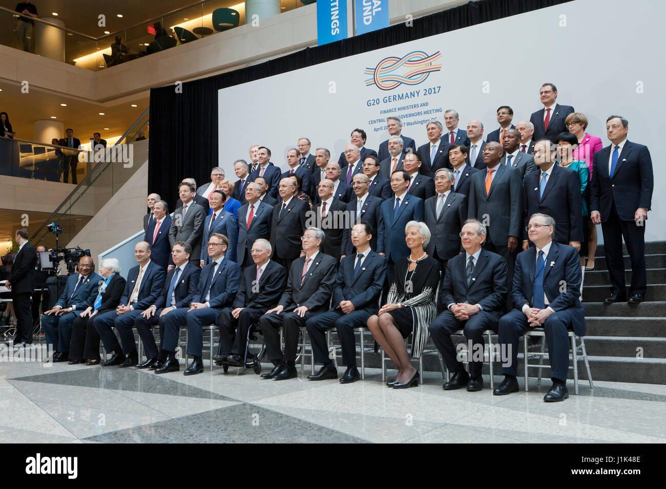 Washington, EEUU, 21 de abril de 2017: G20 Los Ministros de Finanzas y Gobernadores de los bancos centrales posar Imagen De Stock
