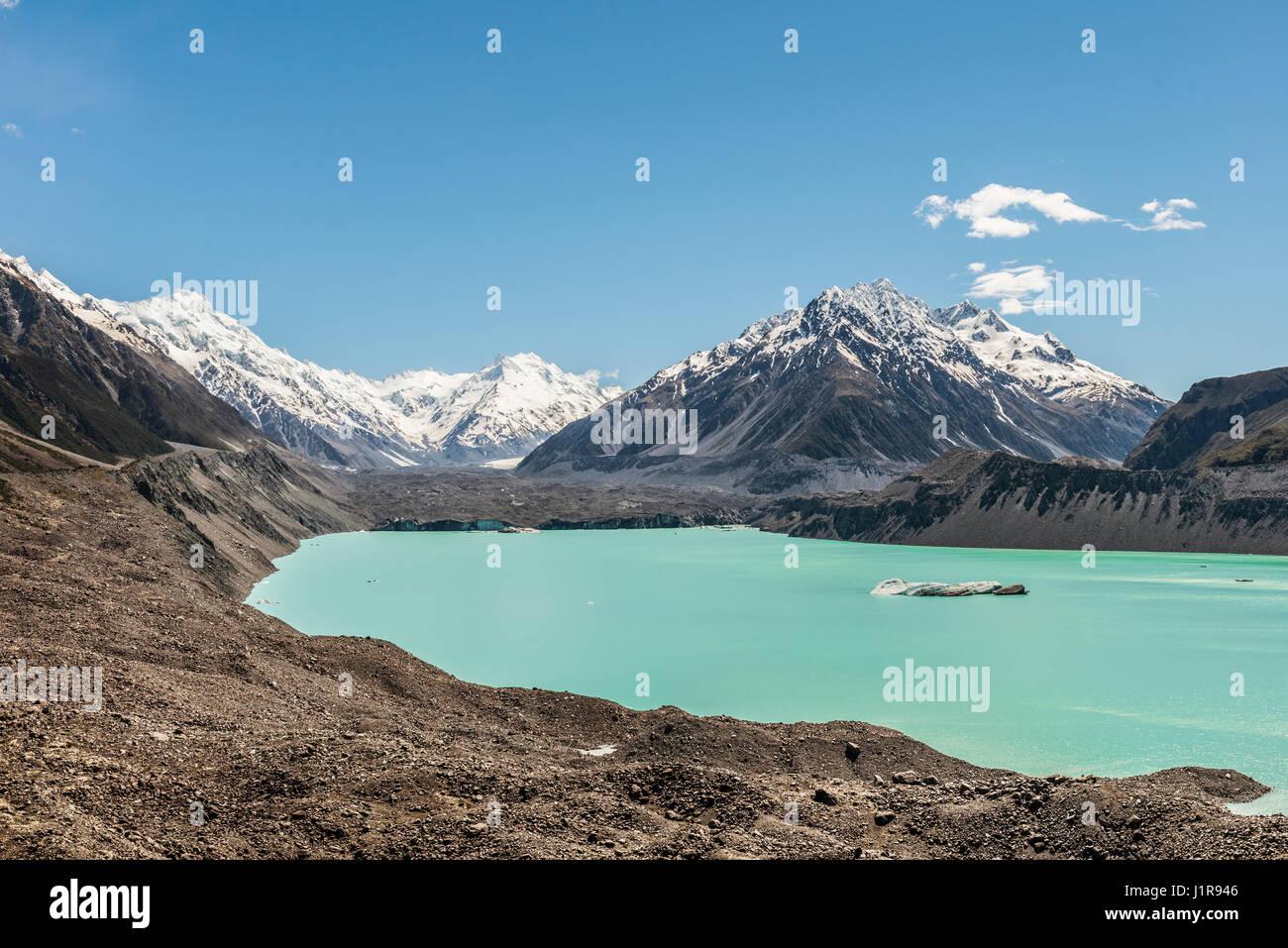El Glaciar Tasman y turquesa lago glaciar, Monte Tasman, el Parque Nacional de Monte Cook, Alpes del Sur, la región Imagen De Stock