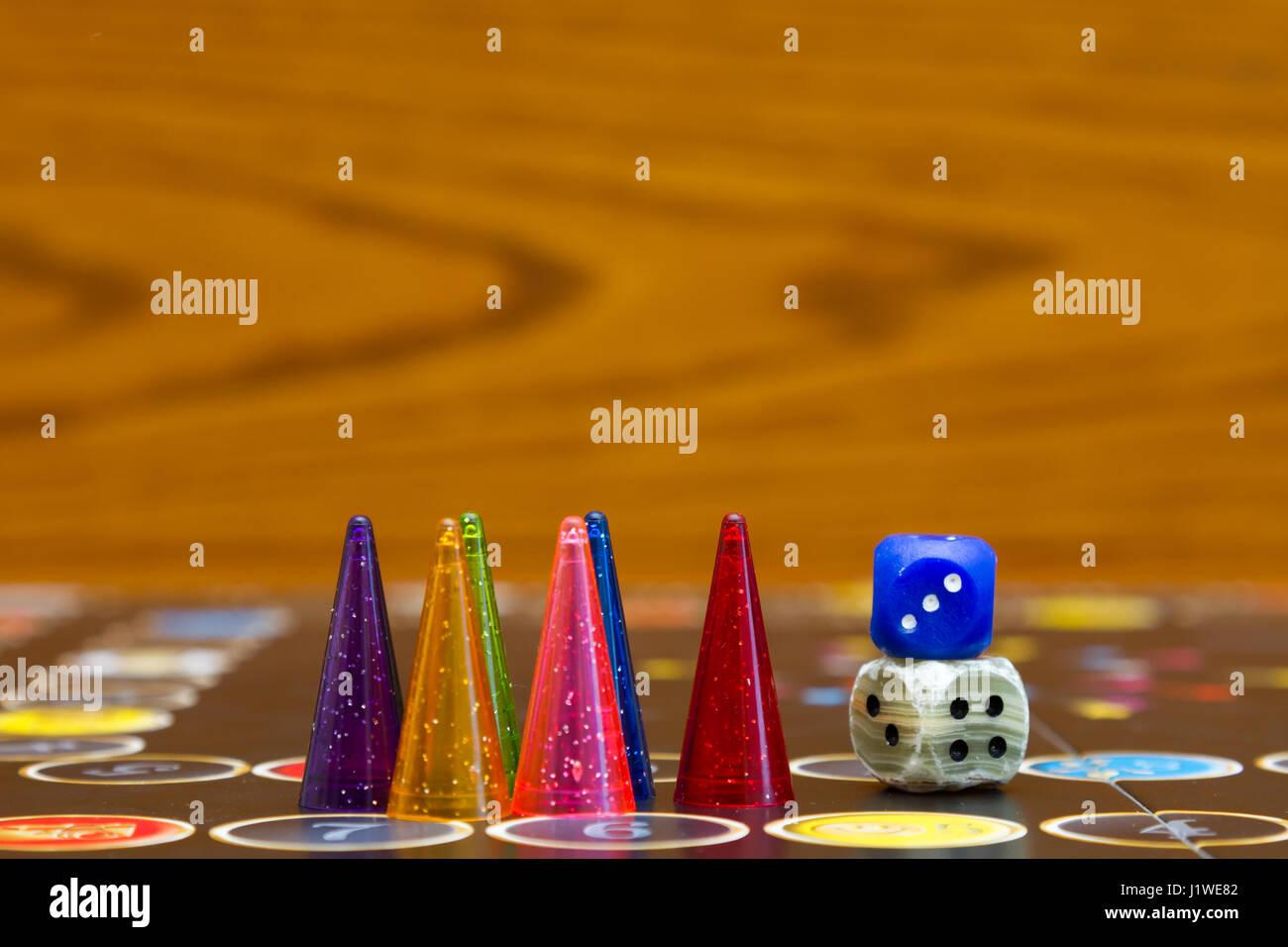 Ludo Counter Play Game Imagenes De Stock Ludo Counter Play Game