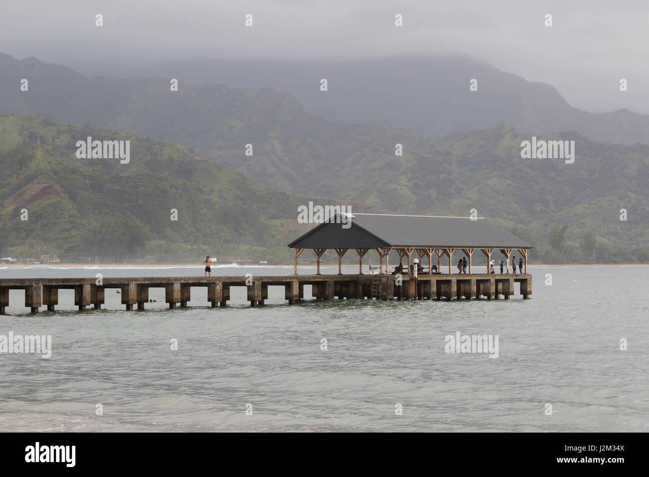 El muelle de la Bahía de Hanalei, Kauai, HI Foto de stock