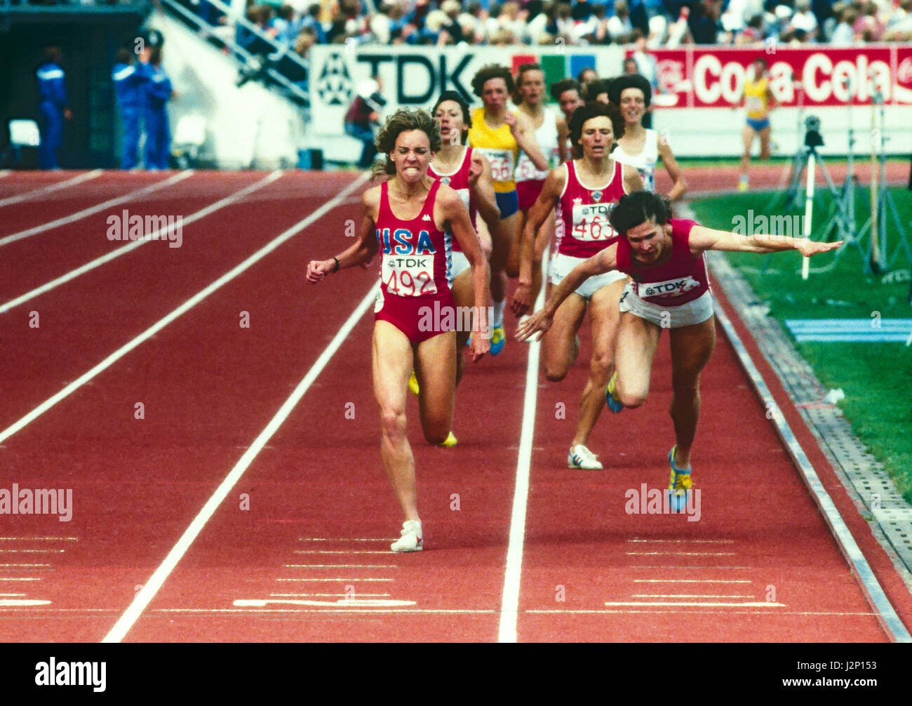 Mary Decker compitiendo en los 1500 m en el Mundial de 1983 Campeonato de pista y campo Imagen De Stock