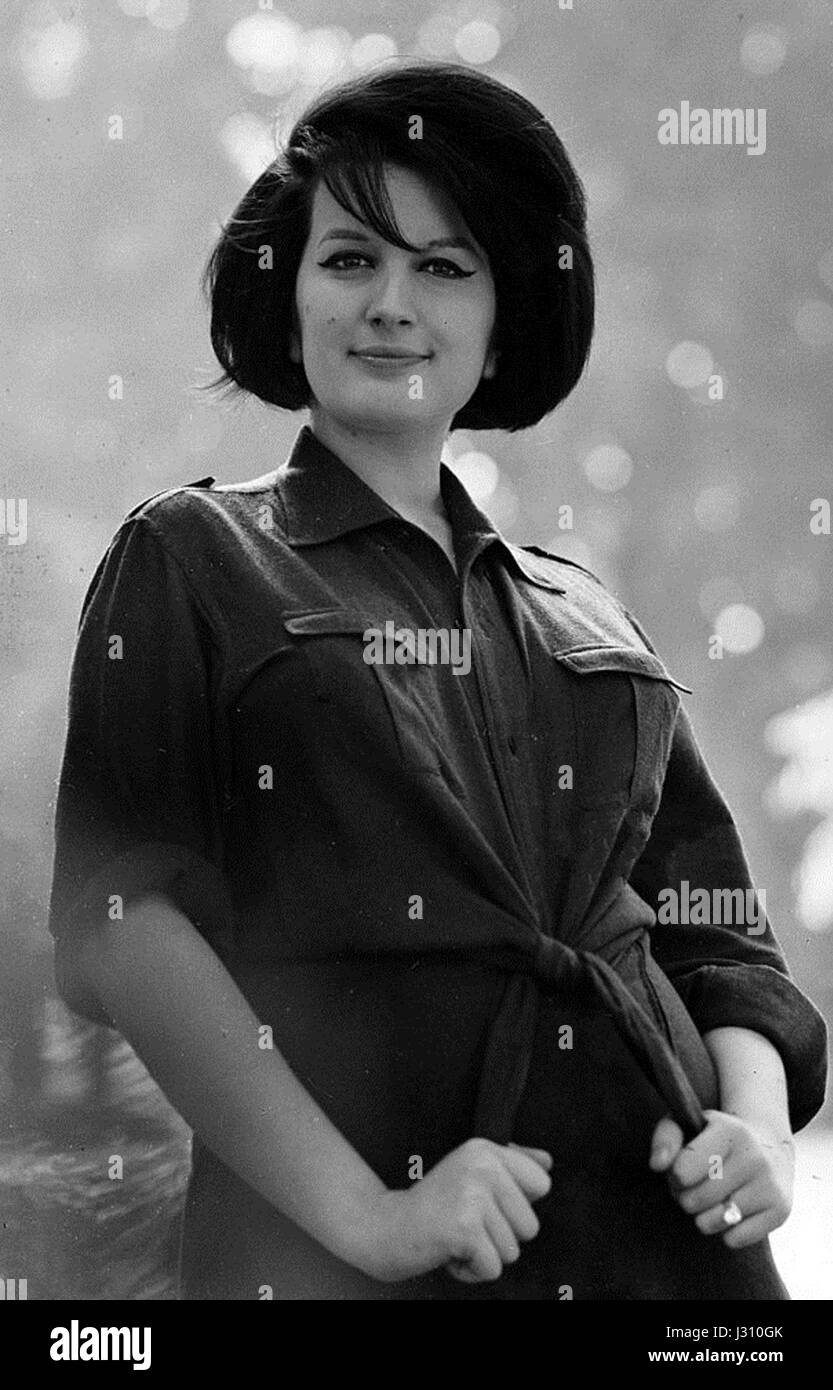 Pueblo Italiano - Página 5 Mina-mazzini-1963-j310gk