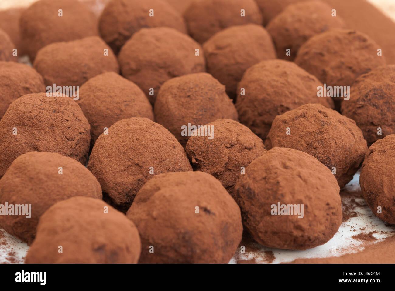 Trufas de chocolate closeup Foto de stock