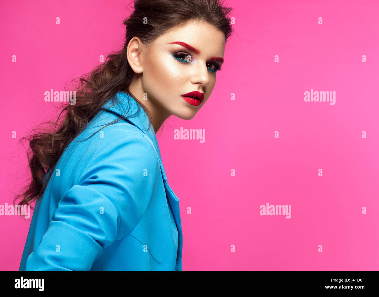 Trendy Makeup Imágenes De Stock & Trendy Makeup Fotos De Stock - Alamy