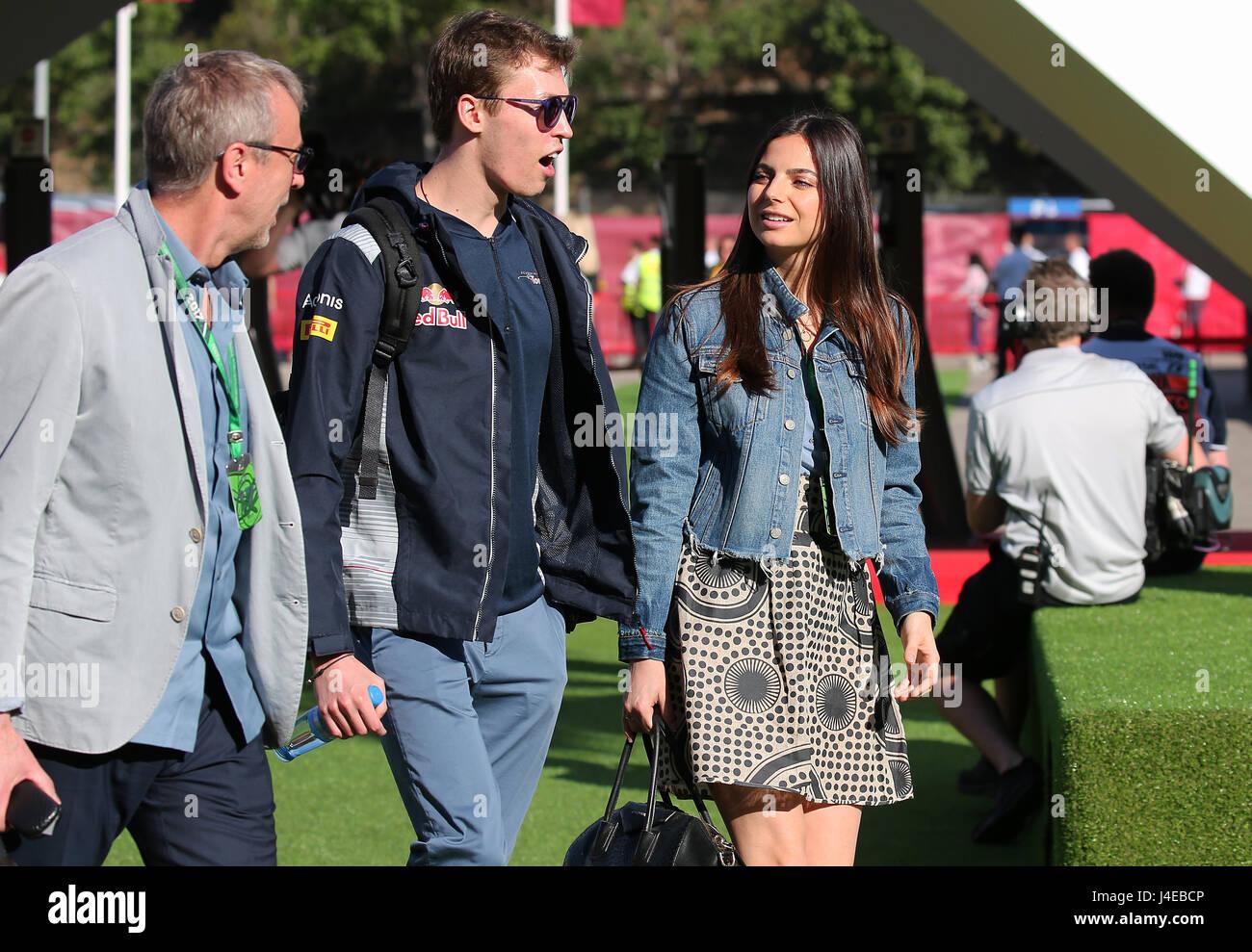 Montmelo, España. El 13 de mayo, 2017. Daniil Kvyat con su pareja Kelly Piquet, hijas de Nelson Piquet durante Imagen De Stock