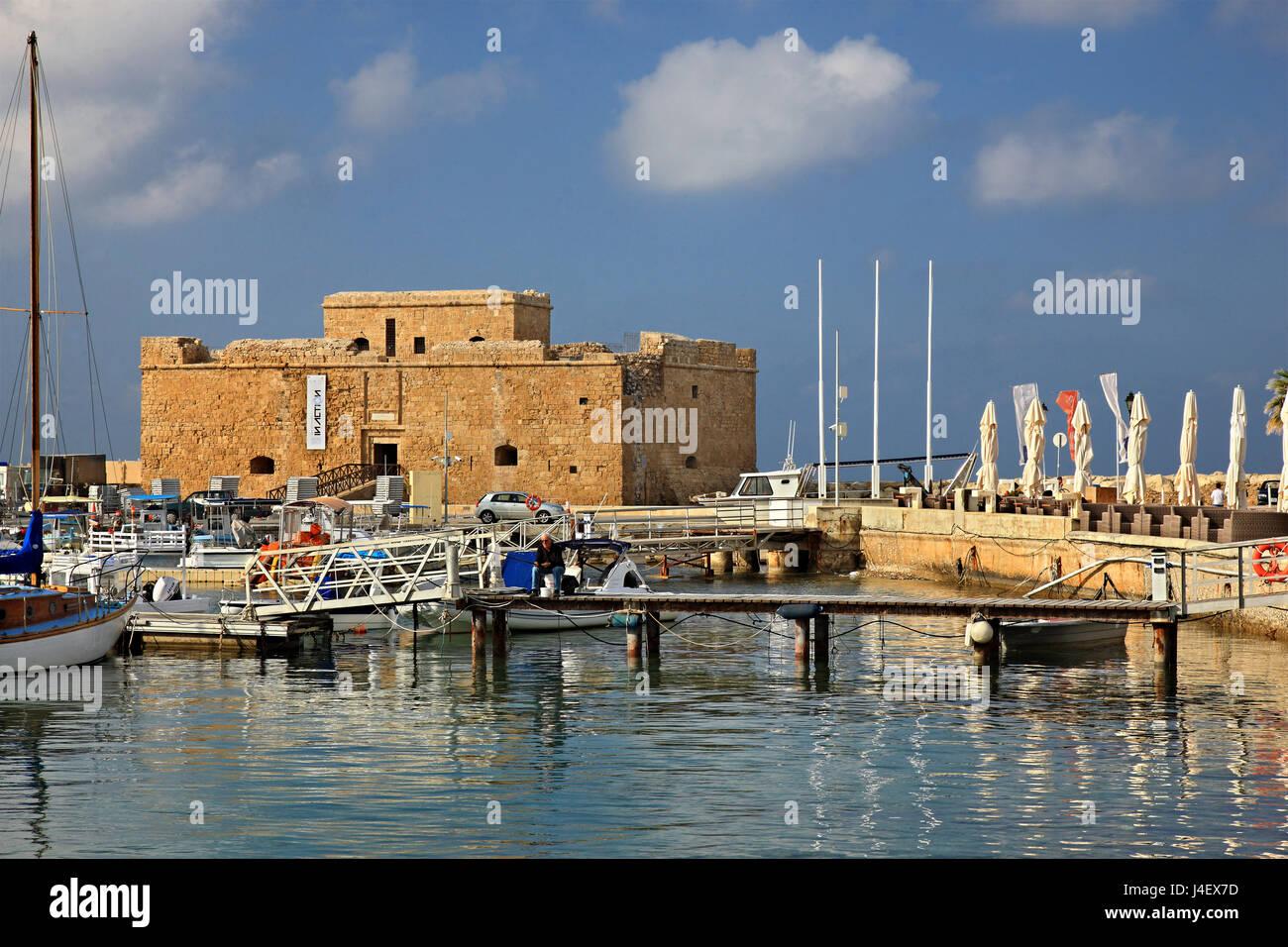 El castillo de Paphos, Chipre.Paphos es una de las 2 capitales europeas de Cullture para 2017. Imagen De Stock