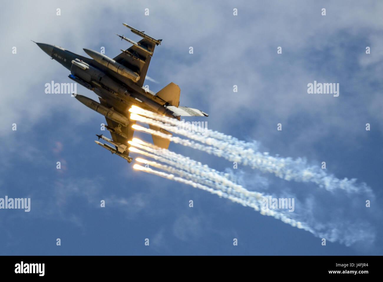 F-16 de la Fuerza Aérea de EE.UU. lucha Falcon Foto de stock