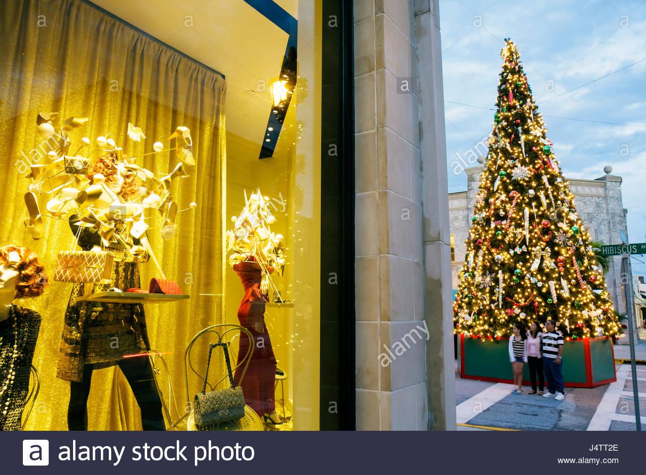Palm Beach Florida Worth Avenue business Chanel haute couture boutiques de  diseñadores de moda francesa de 0ab0fc187c33