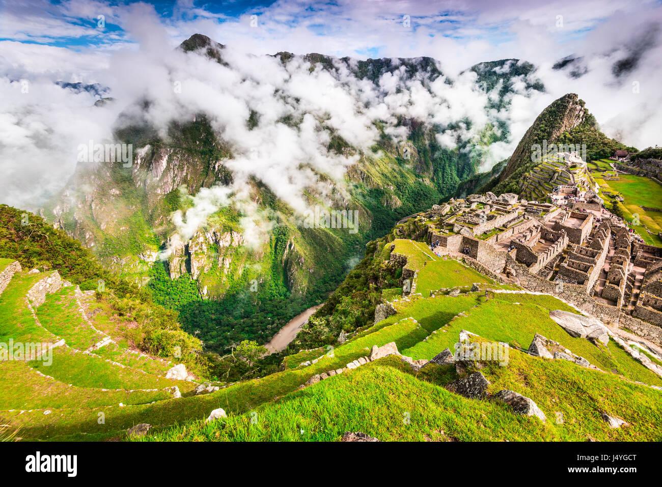 Machu Picchu, Perú - Ruinas del Imperio Inca, la ciudad en la región de Cusco, es un lugar increíble Imagen De Stock