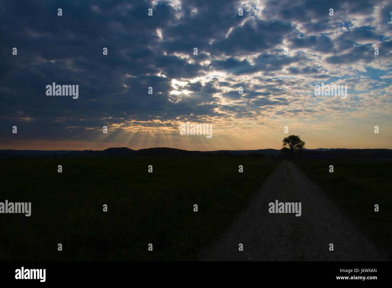 El cielo y la tierra Foto de stock