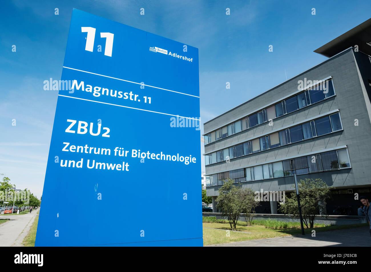 Centro de Biotecnología y el medio ambiente en Adlershof Parque de Ciencia y Tecnología Parque en Berlín, Imagen De Stock