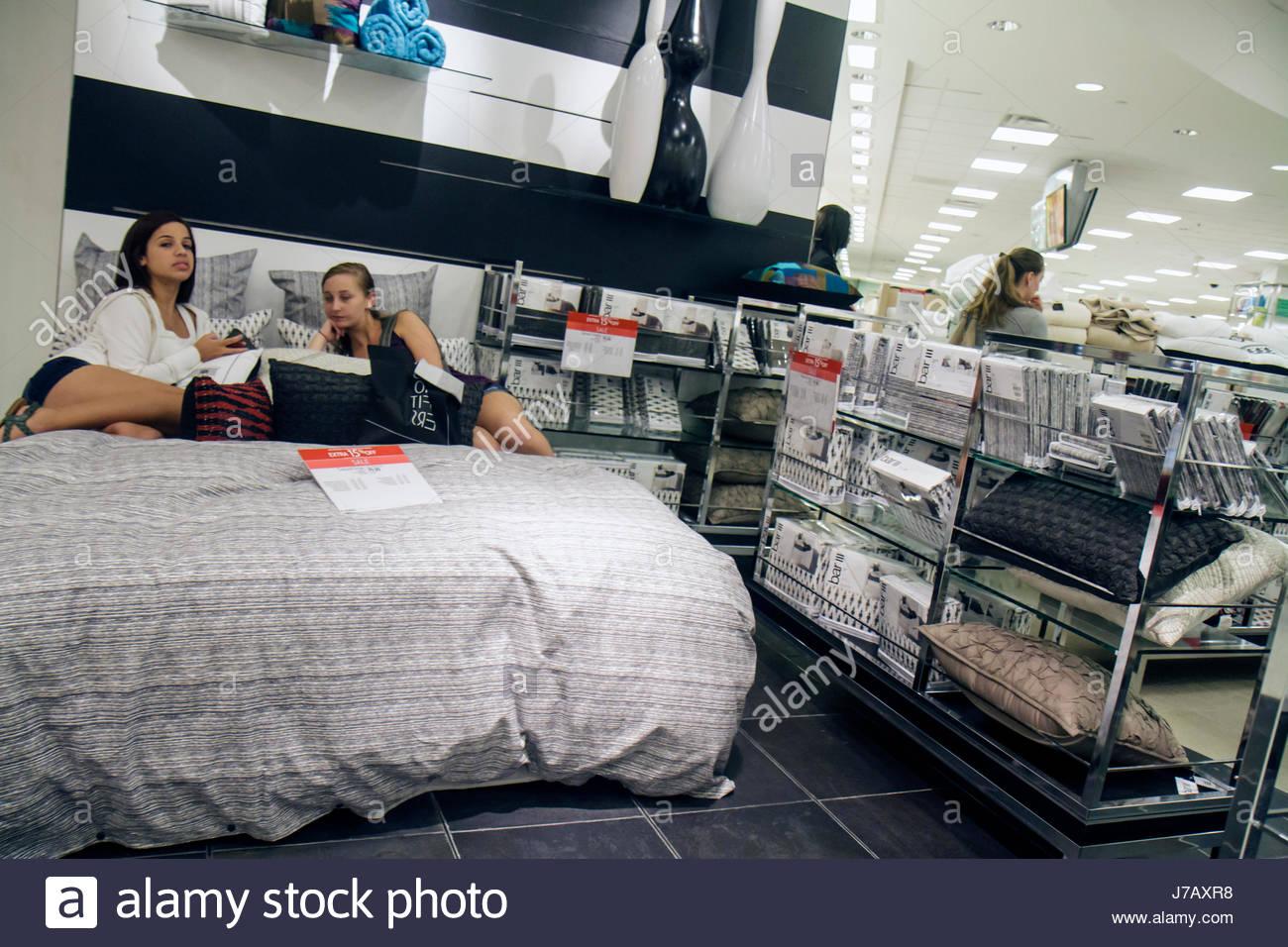 Atractivo Macy S Muebles De Camas Patrón - Muebles Para Ideas de ...