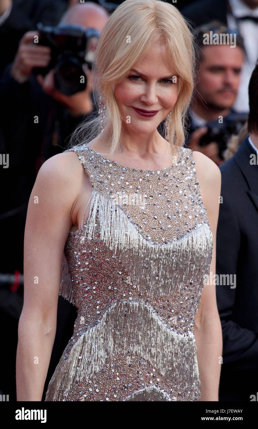 Cannes, Francia. El 24 de mayo, 2017. Nicole Kidman en la gala de proyección engañó en la 70ª Imagen De Stock