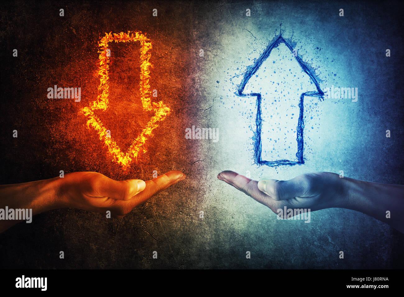 Dos manos humanas celebración flameado y salpicaduras infográfico flechas sobre un fondo gris. La situación de las Foto de stock