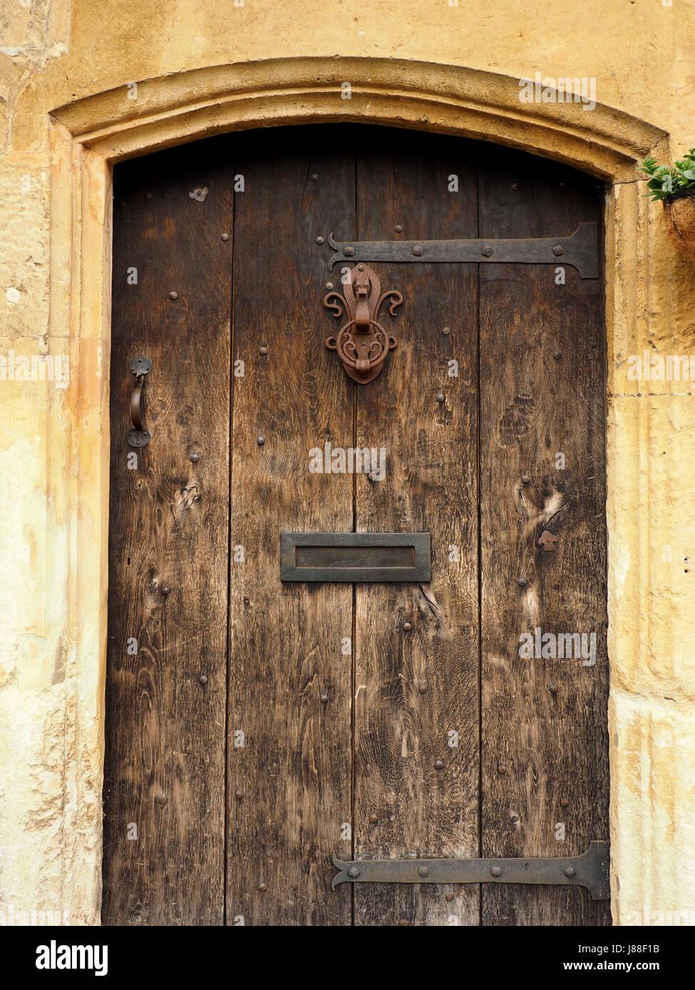 Puertas Antiguas De Madera Y Muebles De La Puerta Met Lica En Chipping Campden Gloucestershire