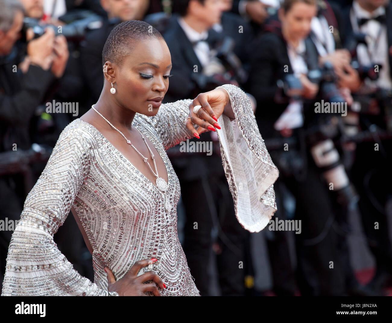 Cannes, Francia. 28 de mayo de 2017. Miriam Odemba llegando a la clausura y ceremonia de entrega de premios en la Imagen De Stock