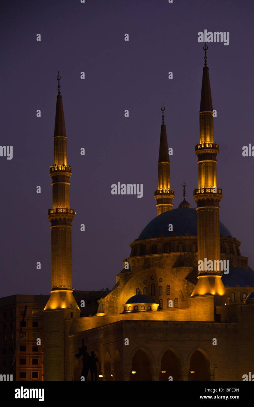 Mohammad Al Amin mezquita en la noche, Beirut Imagen De Stock