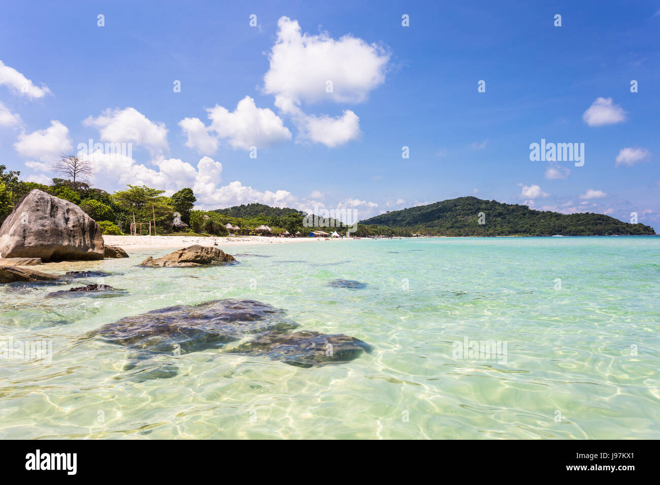 Idílica playa de Bai Sao, que significa arena blanca, en la isla de Phu Quoc populares en el Golfo de Tailandia Imagen De Stock