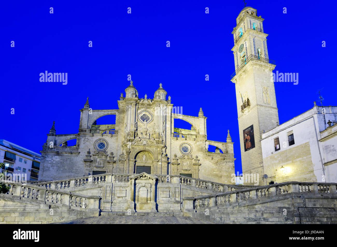 Jerez de la Frontera Catedral de noche, Jerez de la Frontera, provincia de Cádiz, Andalucía, España, Imagen De Stock