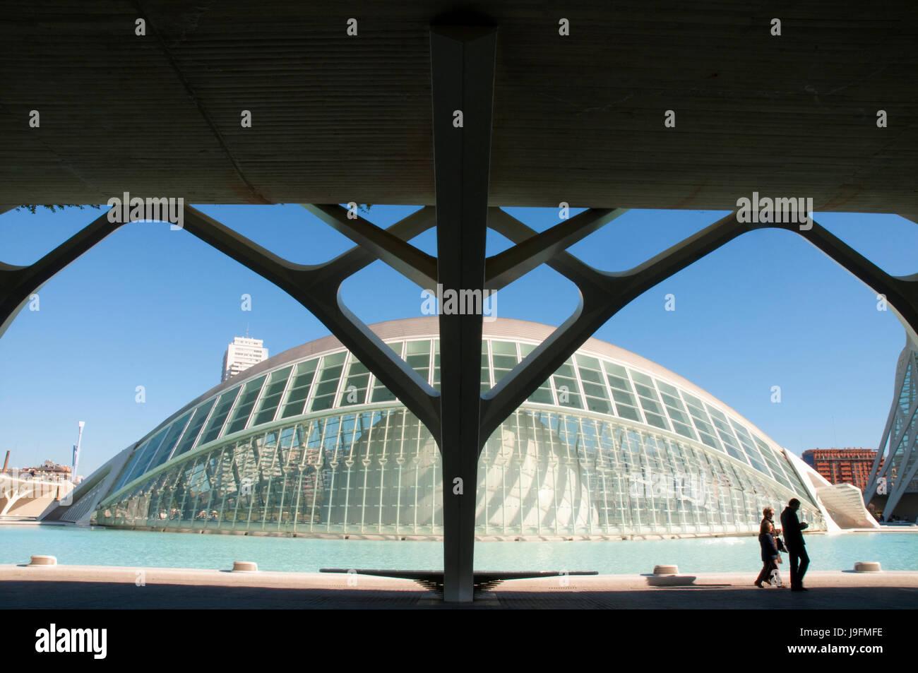 L'hemisférico, por Santiago Calatrava. Ciudad de las Artes y las Ciencias, Valencia, España. Imagen De Stock