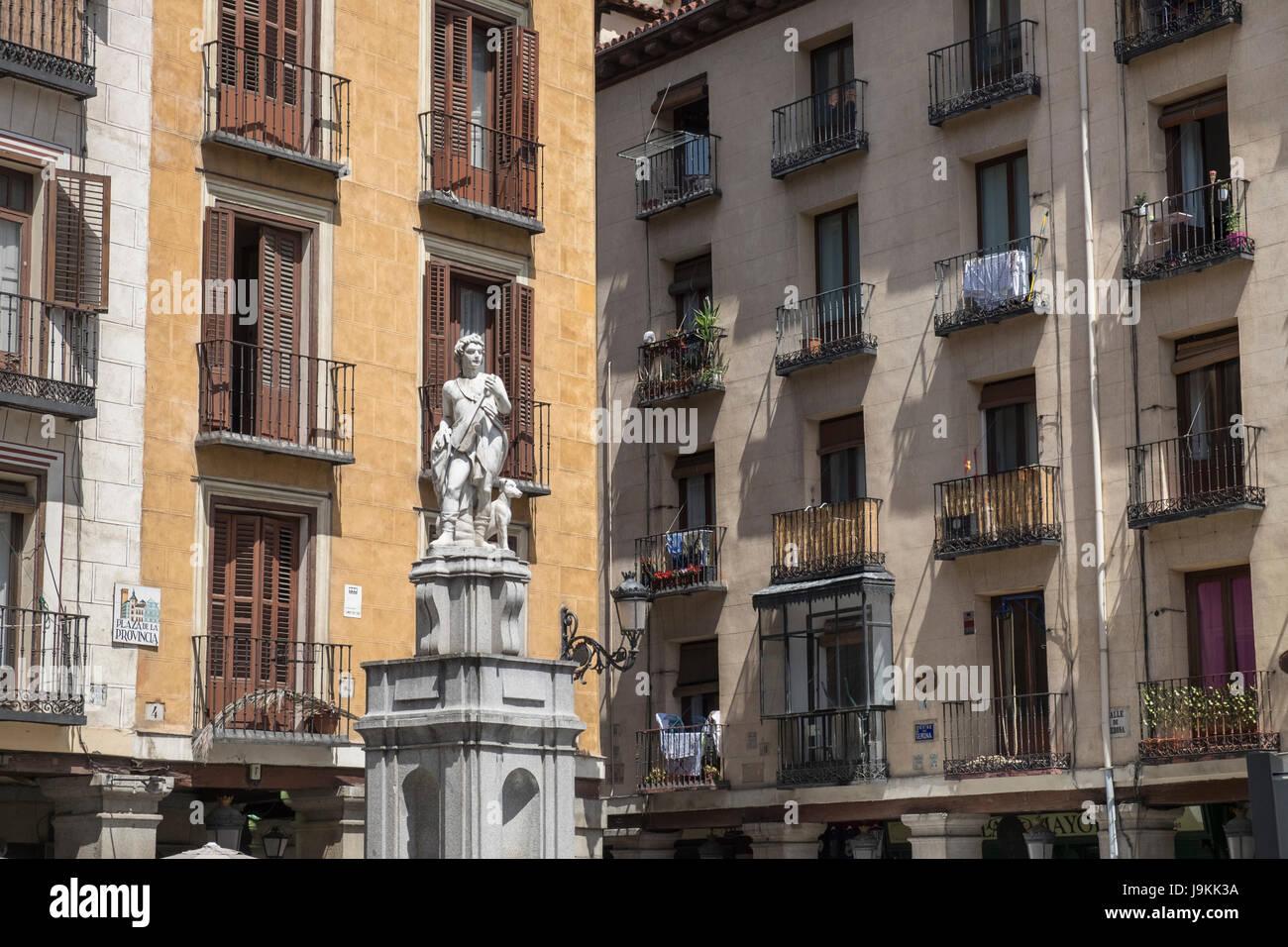Una estatua de Orfeo muestra en Plaza de la provincia, distrito Centro, Madrid, España Imagen De Stock