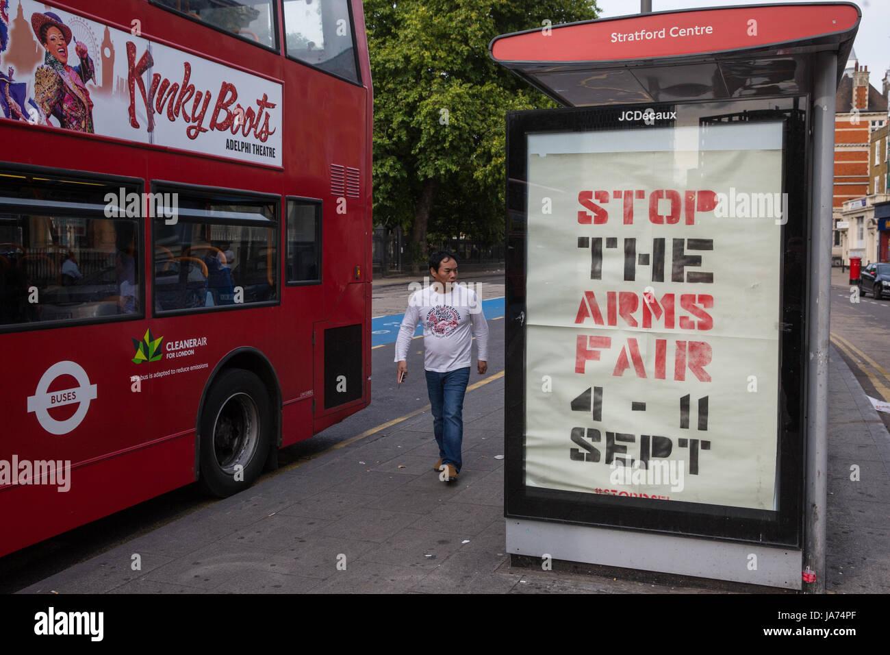 Londres, Reino Unido. 24 de agosto de 2017. Subvierte han aparecido en lugares alrededor de Londres llamando a protestas Foto de stock
