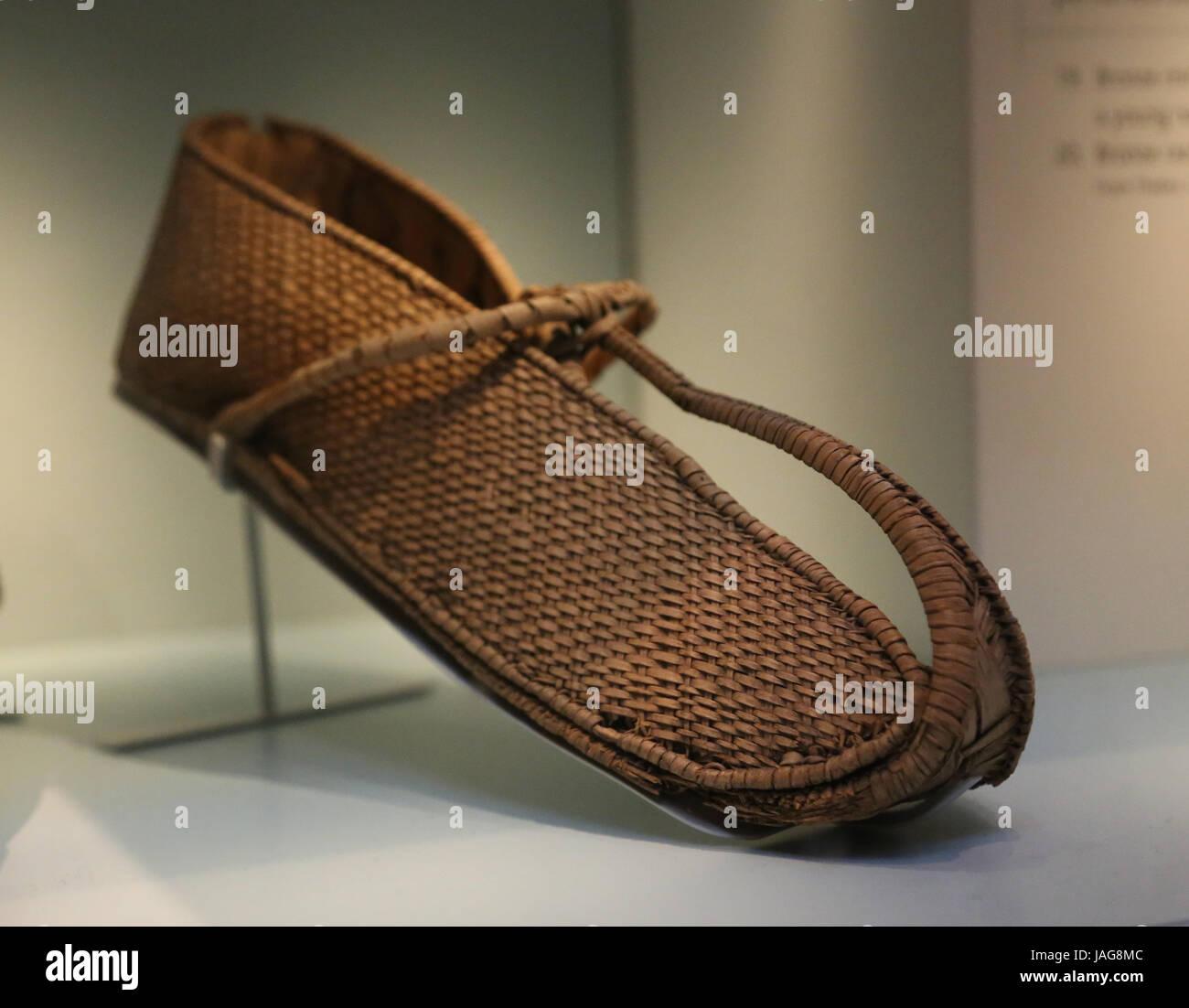 El antiguo Egipto. Sandalias tejida con hojas de palmera. Museo Británico. Londres, Reino Unido. Imagen De Stock