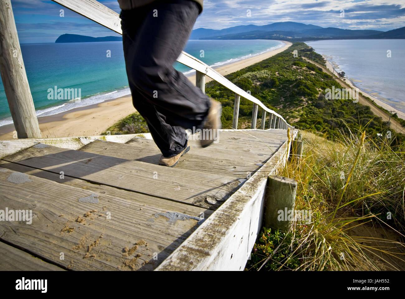 Australia, Tasmania,Bruny Islandia,bar bay,'el tease',norte,sur de Bruny Bruny,escaleras,persona, Foto de stock