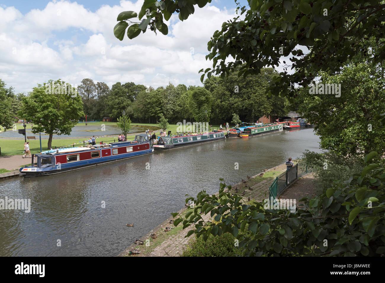 Newbury Berkshire Reino Unido el 11 de junio del 2017 los navegantes Christan barcos becas de esperanza en un fin Imagen De Stock