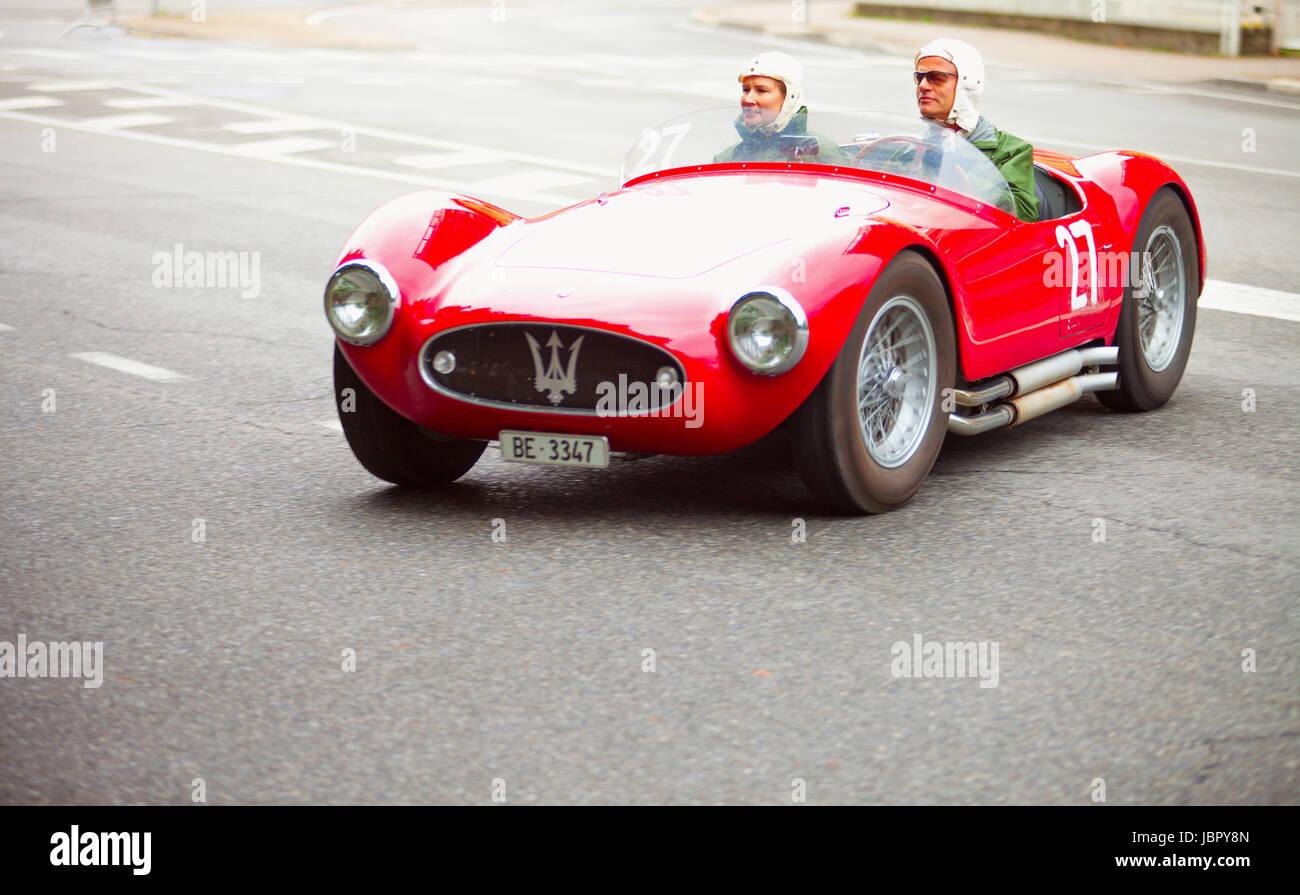 De Casale Monferrato Italia 15 De Junio Maserati Numero 27