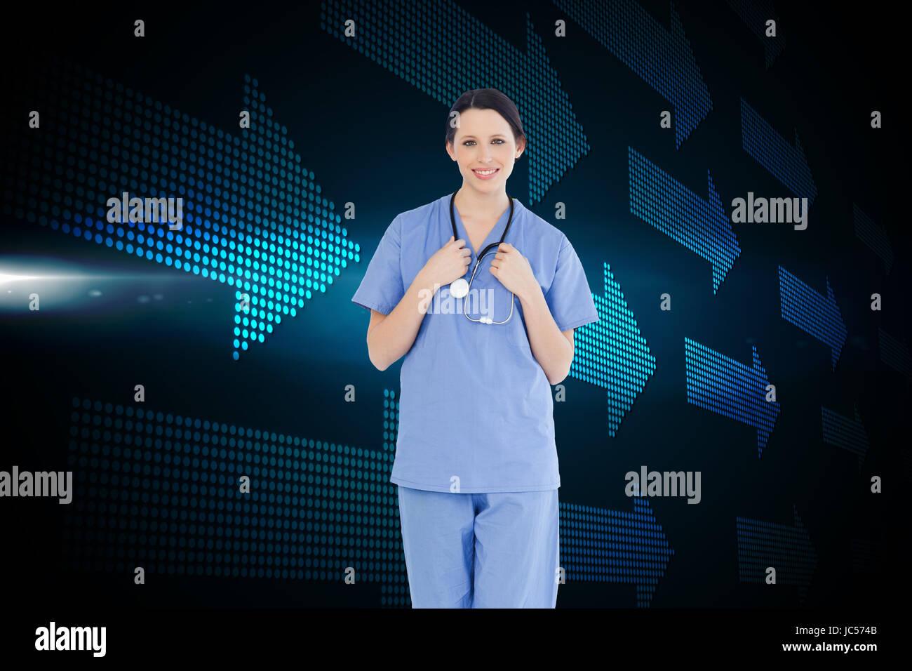 Imagen compuesta de jóvenes y seguro médico internista vistiendo un uniforme de manga corta azul Imagen De Stock