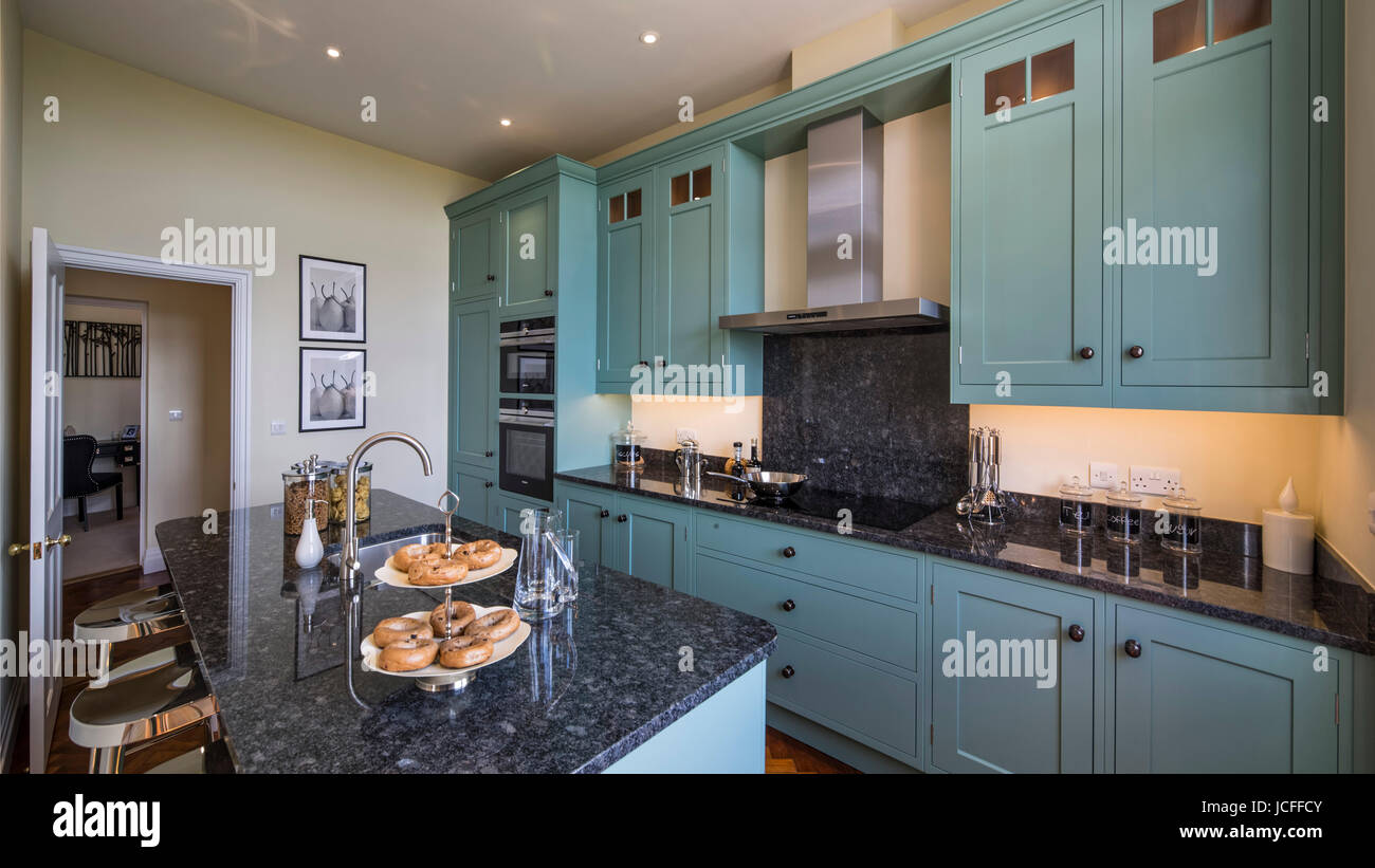 Traditional Kitchen Blue Island Imágenes De Stock & Traditional ...