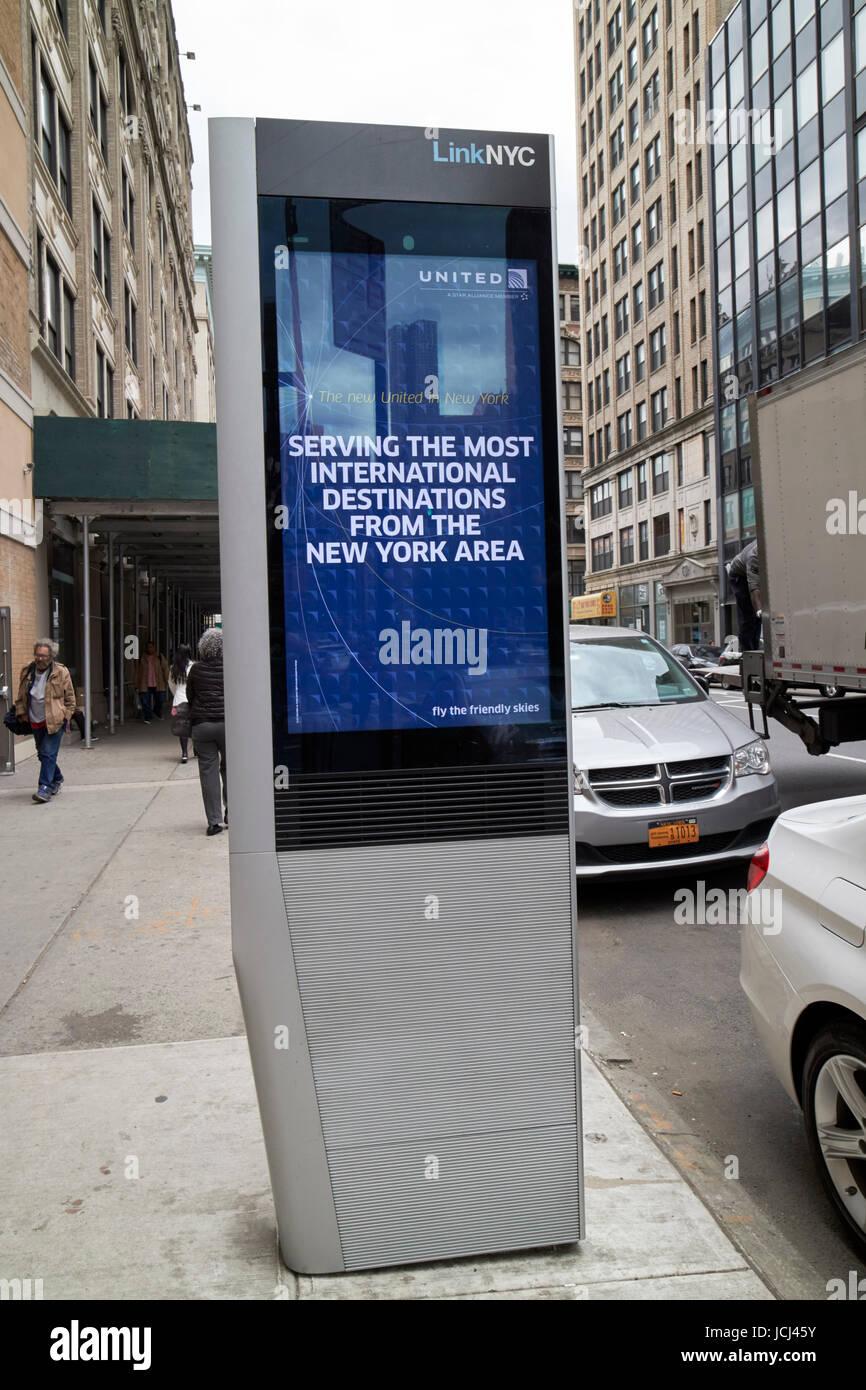 Enlace wifi público gratuito kiosco nyc la ciudad de Nueva York EE.UU. Imagen De Stock