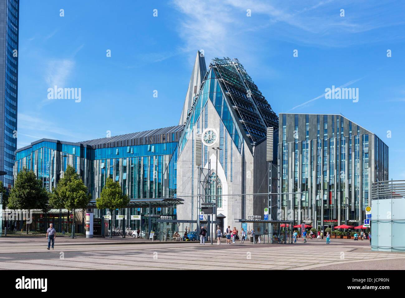 El edificio principal de la Universidad de Leipzig, Augustusplatz, Leipzig, Sajonia, Alemania Foto de stock