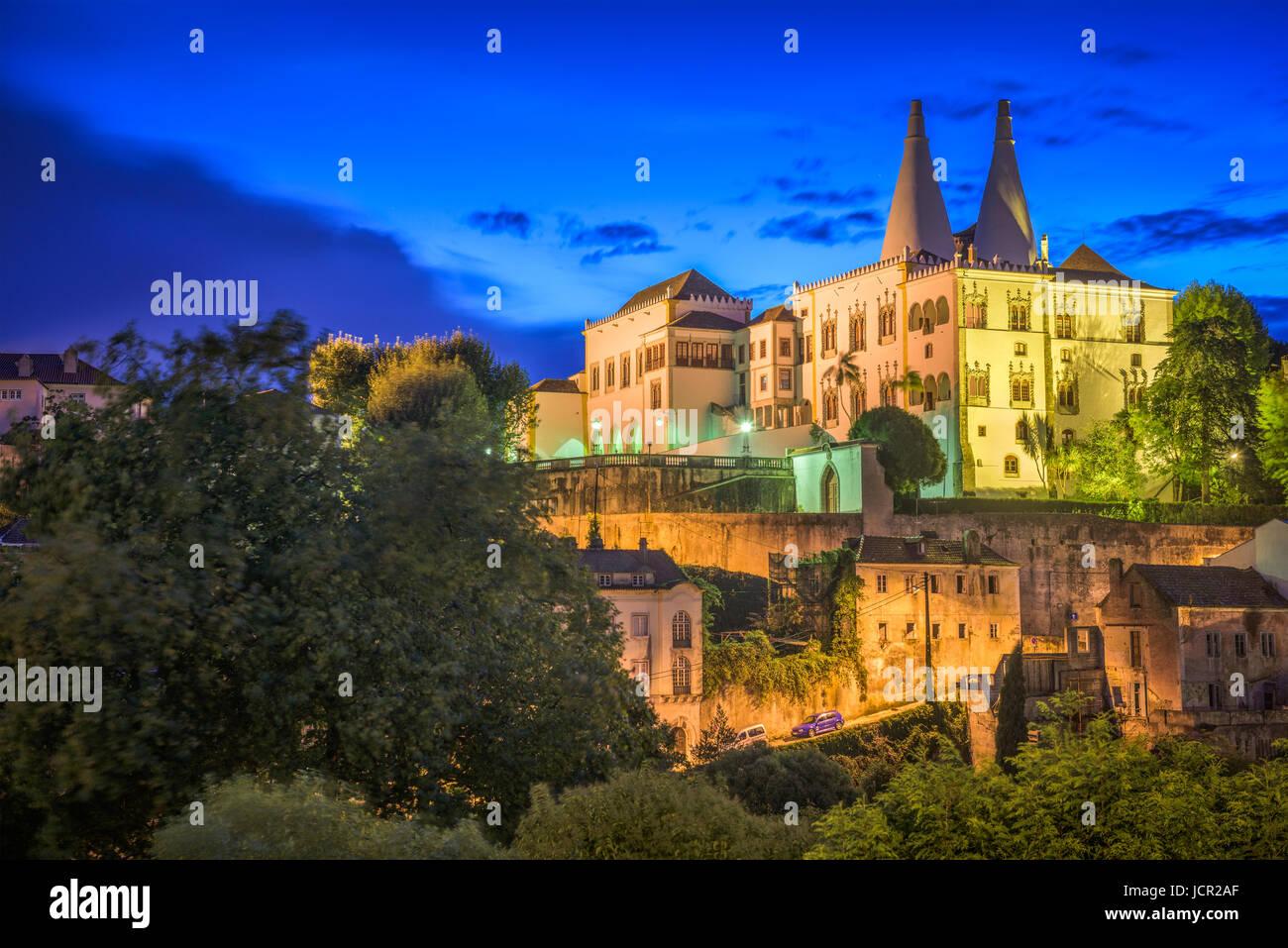 Sintra, Portugal, en el Palacio Nacional de Sintra. Imagen De Stock