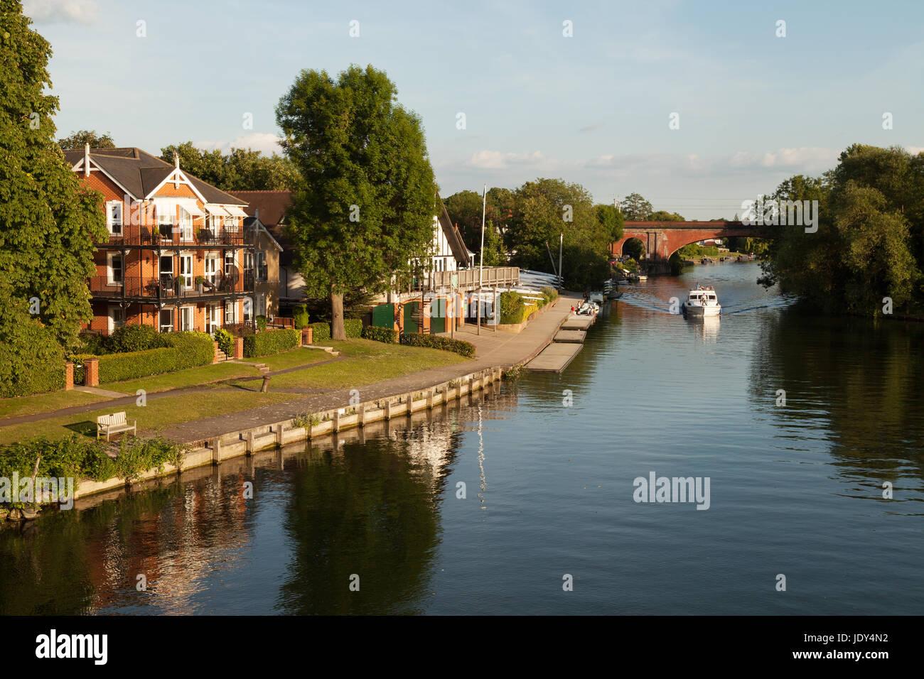 Thames River - el río Támesis en Taplow, Buckinghamshire Inglaterra Imagen De Stock