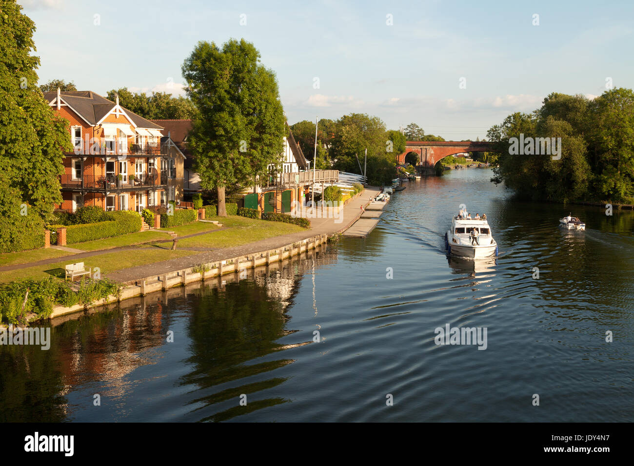 Río Támesis Buckinghamshire - en Taplow, Buckinghamshire Inglaterra Imagen De Stock