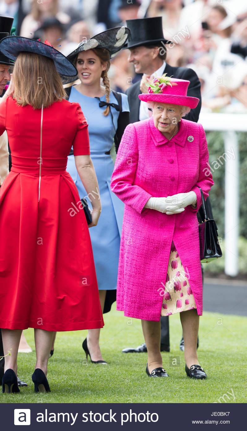 Hrh The Princess Royal Imágenes De Stock & Hrh The Princess Royal ...