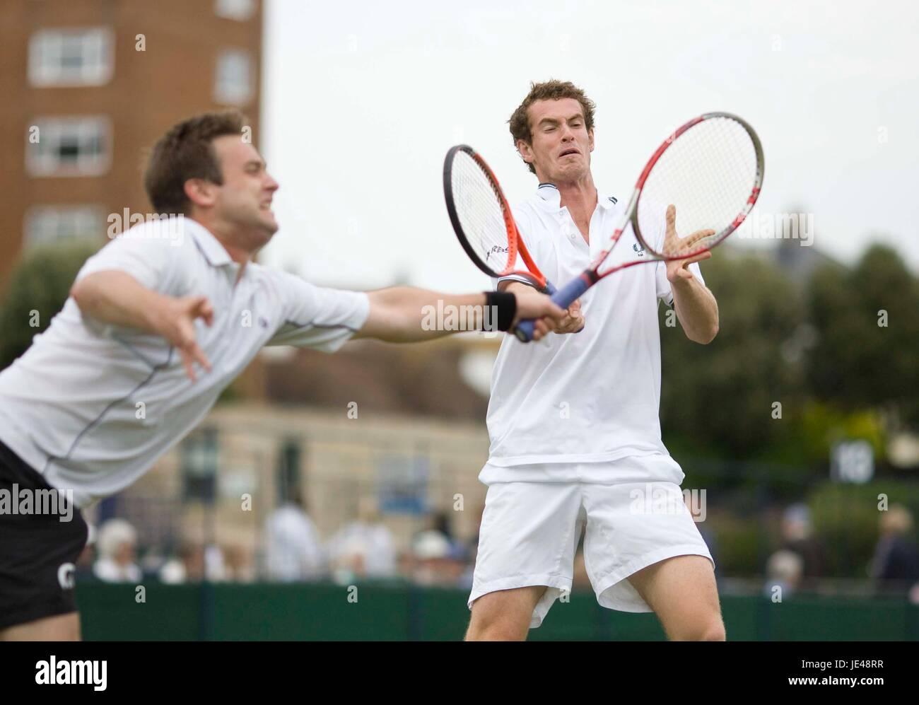 a276c9c20a1 Andy Murray en acción durante la Copa del condado en Devonshire Park Centro de  Tenis Internacional