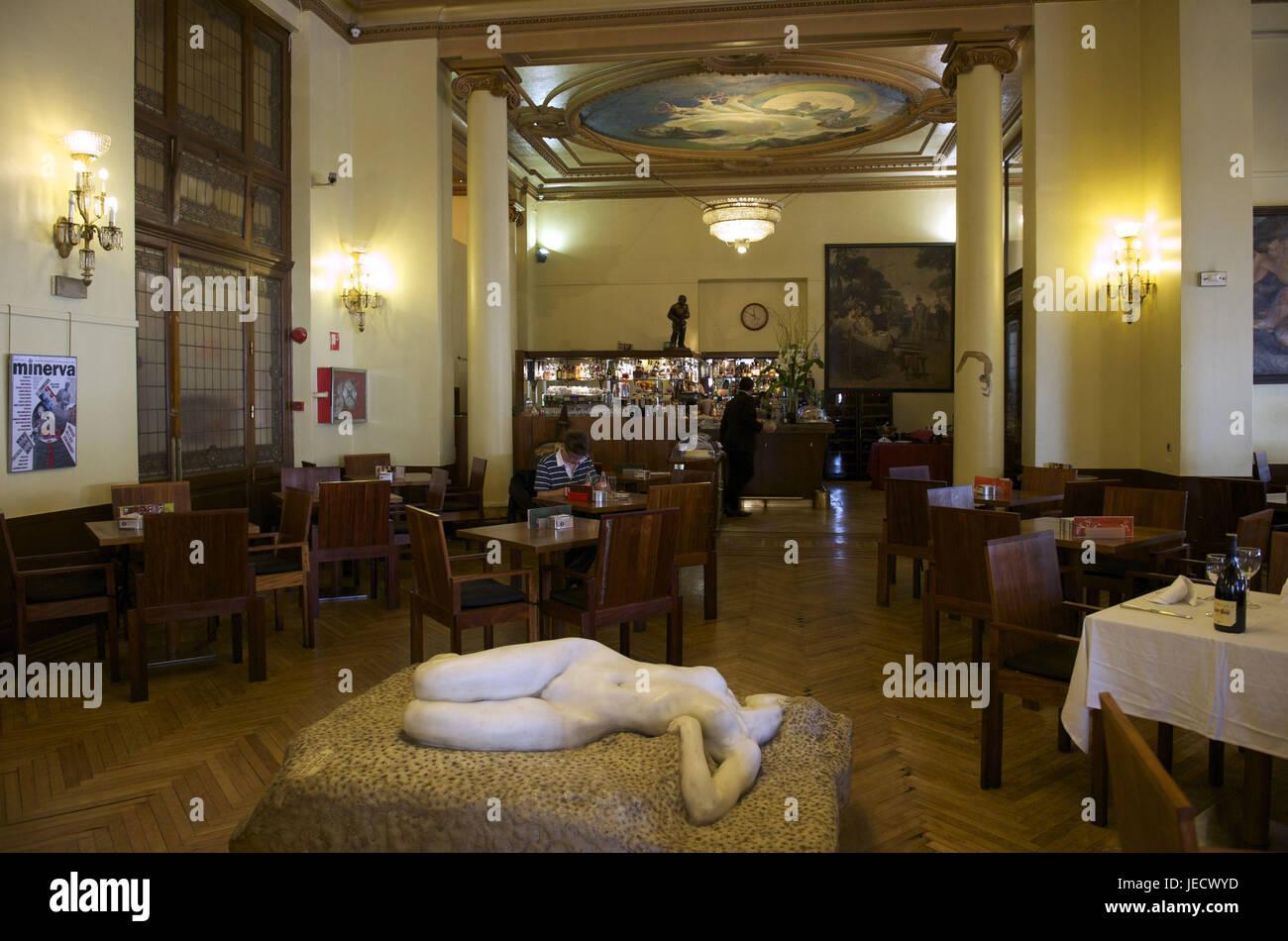 Escultura En El Restaurante Imágenes De Stock Escultura En