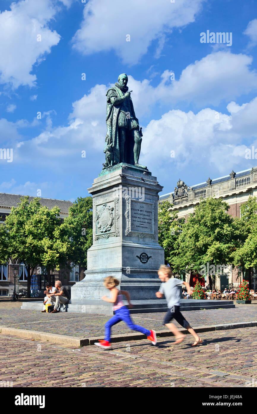 La Haya-Ago. 10. Estatua de Federico Guillermo I, príncipe de Orange-Nassau (La Haya, 1772-Berlín 08.24.12.12.1843) Imagen De Stock